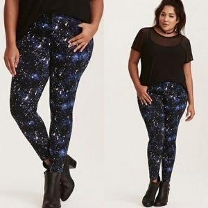 Torrid Galaxy Print High Rise Skinny Womens 28 XT